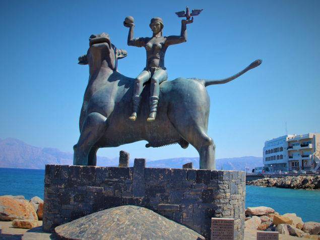 Европа была матерью царя Крита Миноса