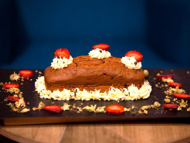 Cake cookies with Amarino and strawberries!